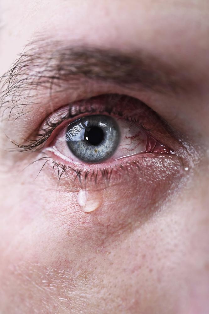 Tumor das vias lacrimais: sintomas e tratamentos