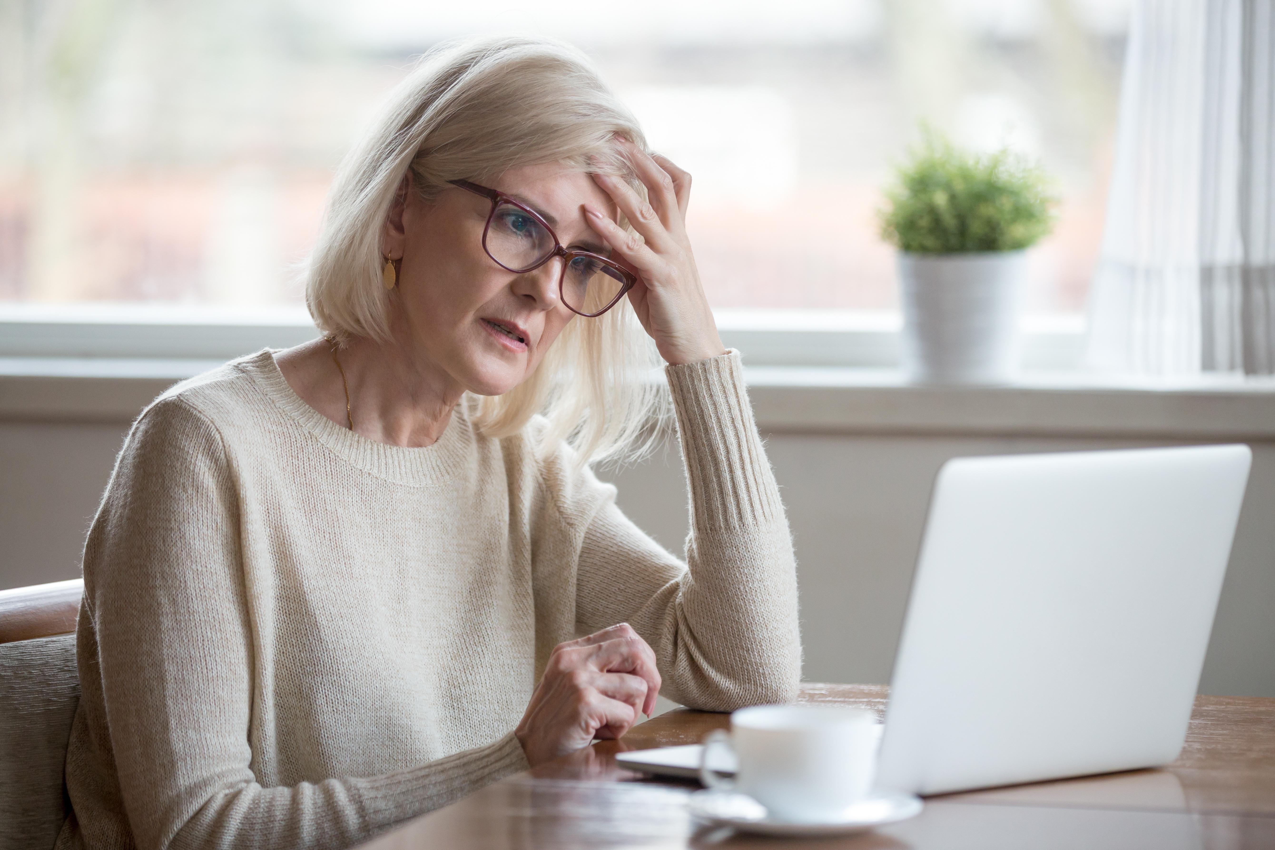 Qual a relação entre demência e saúde ocular?