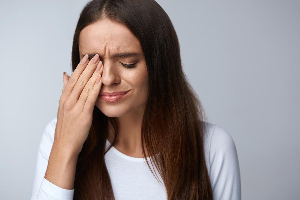 Celulite orbital: sintomas, causas e tratamentos