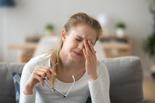 Obstrução das vias lacrimais: como tratar