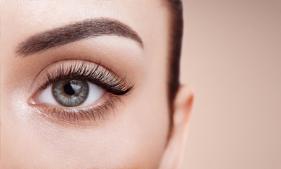 4 principais cirurgias estéticas para a área dos olhos