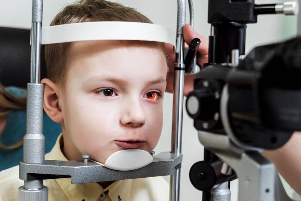 Alergia ocular: causas e tratamentos