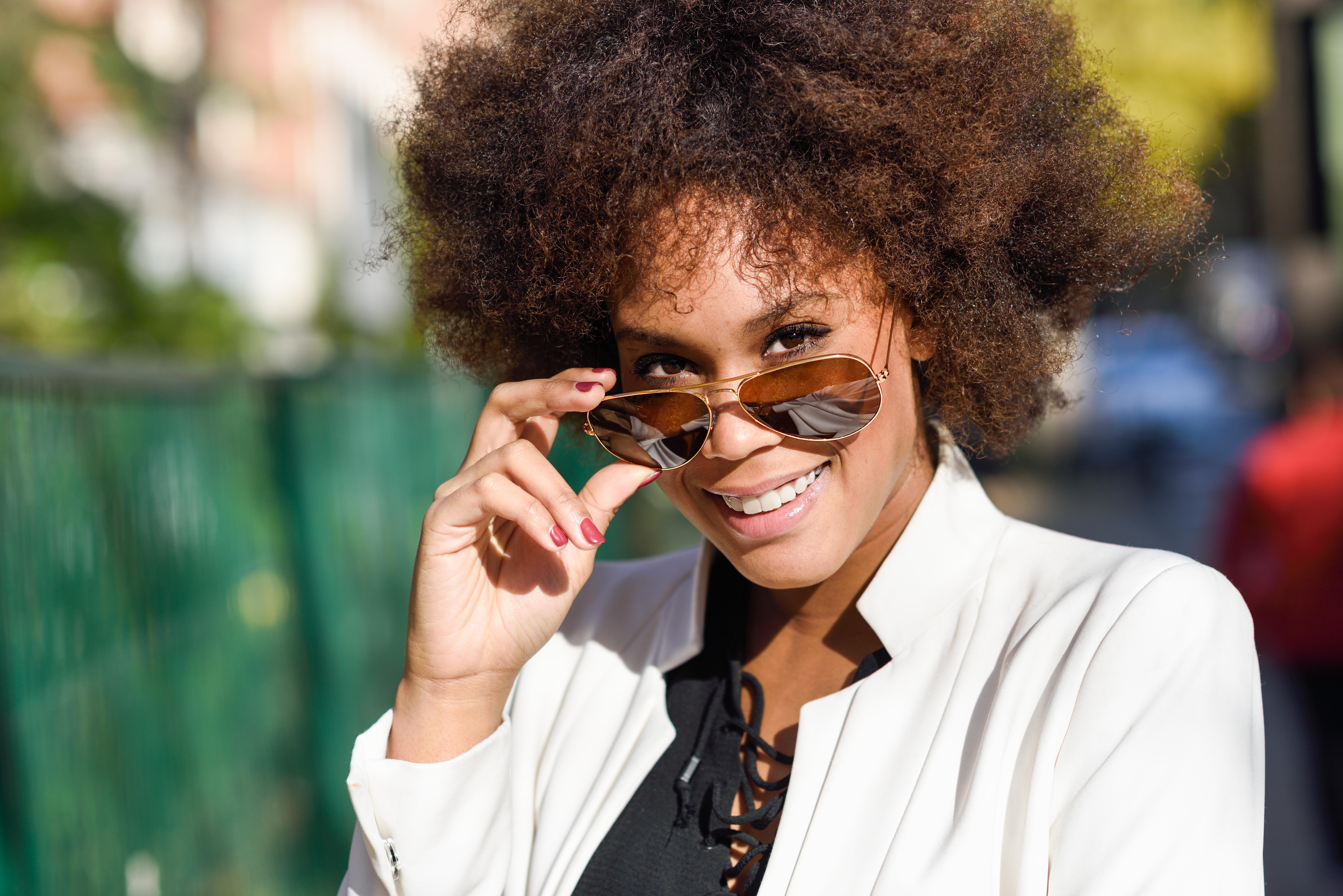 A importância do uso do óculos de sol