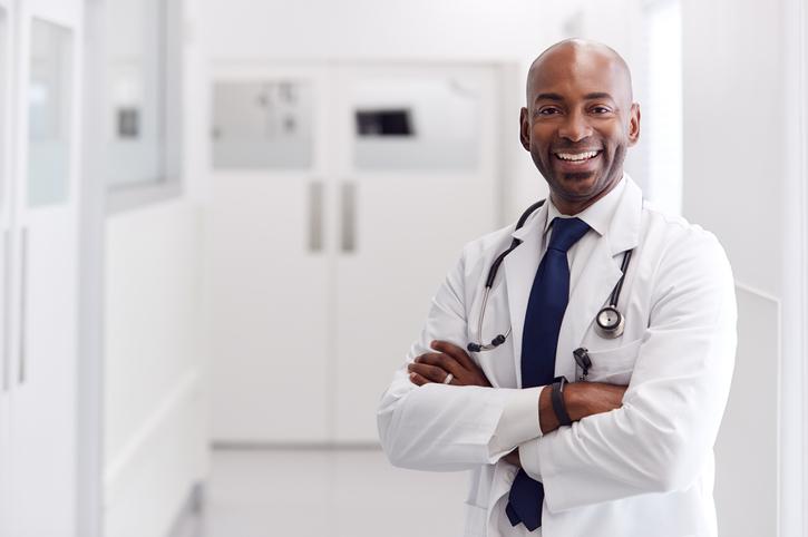 Cirurgia refrativa: entenda o procedimento
