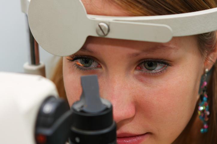 O que é a retinopatia diabética?