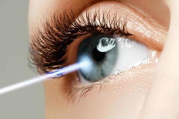 5 cirurgias estéticas para a área do olho
